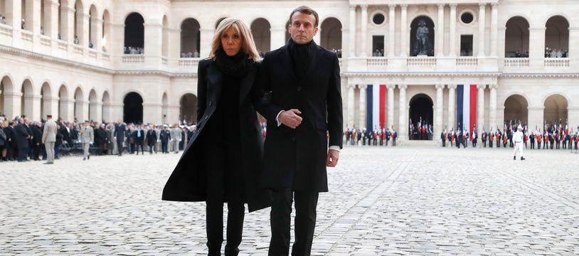 Brigitte et Emmanuel Macron le 2 décembre 2019 aux Invalides.