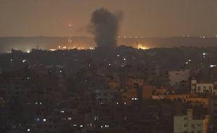 Une explosion à Gaza après une frappe israélienne dans la nuit du 13 au 14 novembre 2019.