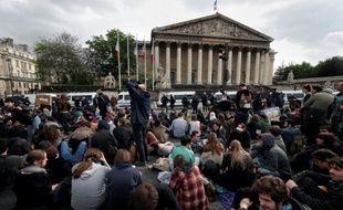 Manifestation contre la loi travail devant l'Assemblée Nationale à Paris, le 12 mai 2016