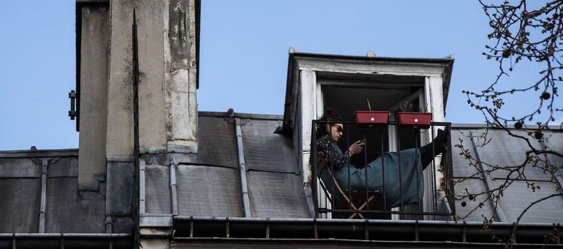 C'est sûr qu'avec un balcon, c'est tout de suite mieux.