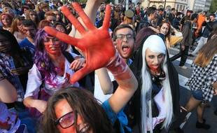 Strasbourg le 19 septembre 2015. La zombie walk a réuni près de 5.000 personnes.