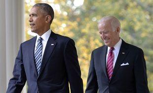 Le Président Barack Obama accompagné de son vice President Joe Biden rejoignent le bureau ovale le 9 novembre, ces deux hommes ont noué une forte amitié.