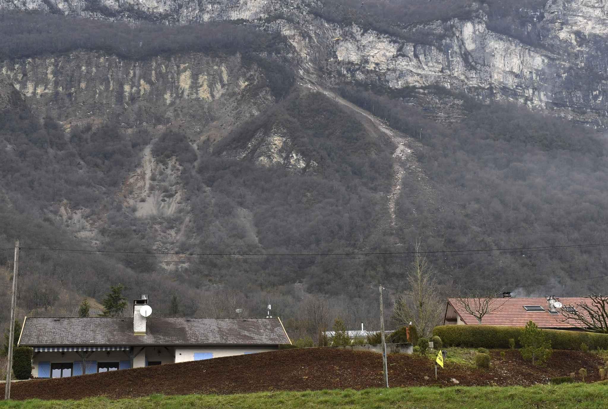 Une coulée de boue menace 40 maisons — Ain