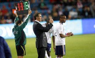Laurent Blanc procède à un changement en faisant entrer en jeu Jimmy Briand, le 11 août 2010 à Oslo