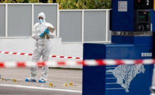 Une dizaine de personnes ont été interpellées dimanche et lundi en Corse dans le cadre d'affaires de grand banditisme, a-t-on indiqué de source proche des dossiers.