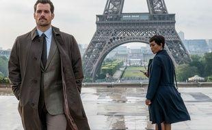 Henry Cavill et Angela Bassett dans Mission-Impossible -Falllout de Christopher McQuarrie