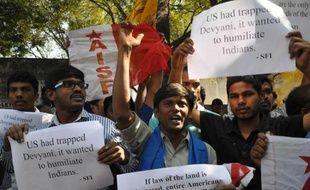Les Etats-Unis et l'Inde ont cherché jeudi à apaiser les tensions et à mettre fin à la mini-crise provoquée par l'arrestation d'une diplomate indienne à New York, accusée d'exploiter son employée de maison.