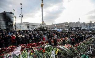 """La Russie a contesté la légitimité et dénoncé les """"méthodes dictatoriales"""" des nouvelles autorités ukrainiennes, au moment où celles-ci lançaient un mandat d'arrêt contre l'ex-président Ianoukovitch et se tournaient vers l'Occident pour une aide financière."""