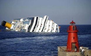 Les réservations remontent pour Costa Croisières en France, trois mois après l'accident du Costa Concordia qui a fait 32 morts le 12 janvier et six semaines après l'avarie de l'Allegra au large des Seychelles, a indiqué mardi le président de Costa en France, Georges Azouze.