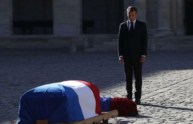 Hommage à Charles Aznavour: Emmanuel Macron livre un long discours sur le lien entre le poète, sa langue et son pays