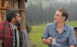 Raphaël de Casabianca (à dr.) chez les Van Gujjar, au nord de l'Inde, sur les contreforts de l'Himalaya.