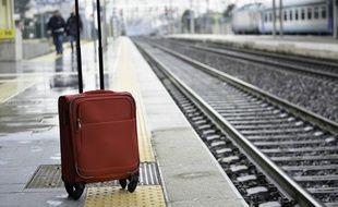 Des milliers d'affaires personnelles sont oubliées chaque année dans les gares de France.