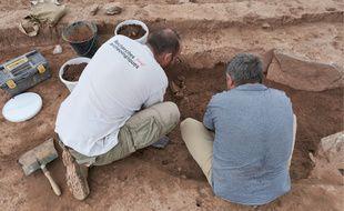 Des tombes monumentales du début de l'âge de Bronze ancien ont été retrouvées à Capendu, près de Carcassonne.