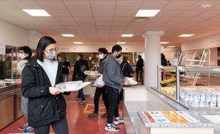 Les aides pour les étudiants boursiers prolongées jusqu'en décembre par le gouvernement.