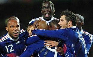 Les joueurs de l'équipe de France, fêtant leur but le 14 novembre 2009 face à l'Irlande.