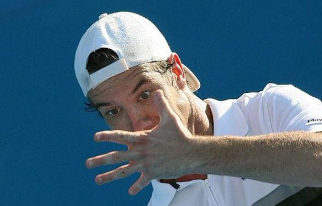 Le joueur de tennis français Richard Gasquet lors de son match face à son compatriote Gilles Simon lors du tournoi de Sydney, Australie, le 14 janvier 2009.
