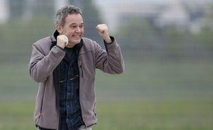 Didier François, reporter d'Europe 1 e ex otage en Syrie est arrivé dimanche 20 avril 2014 à Villacoublay.