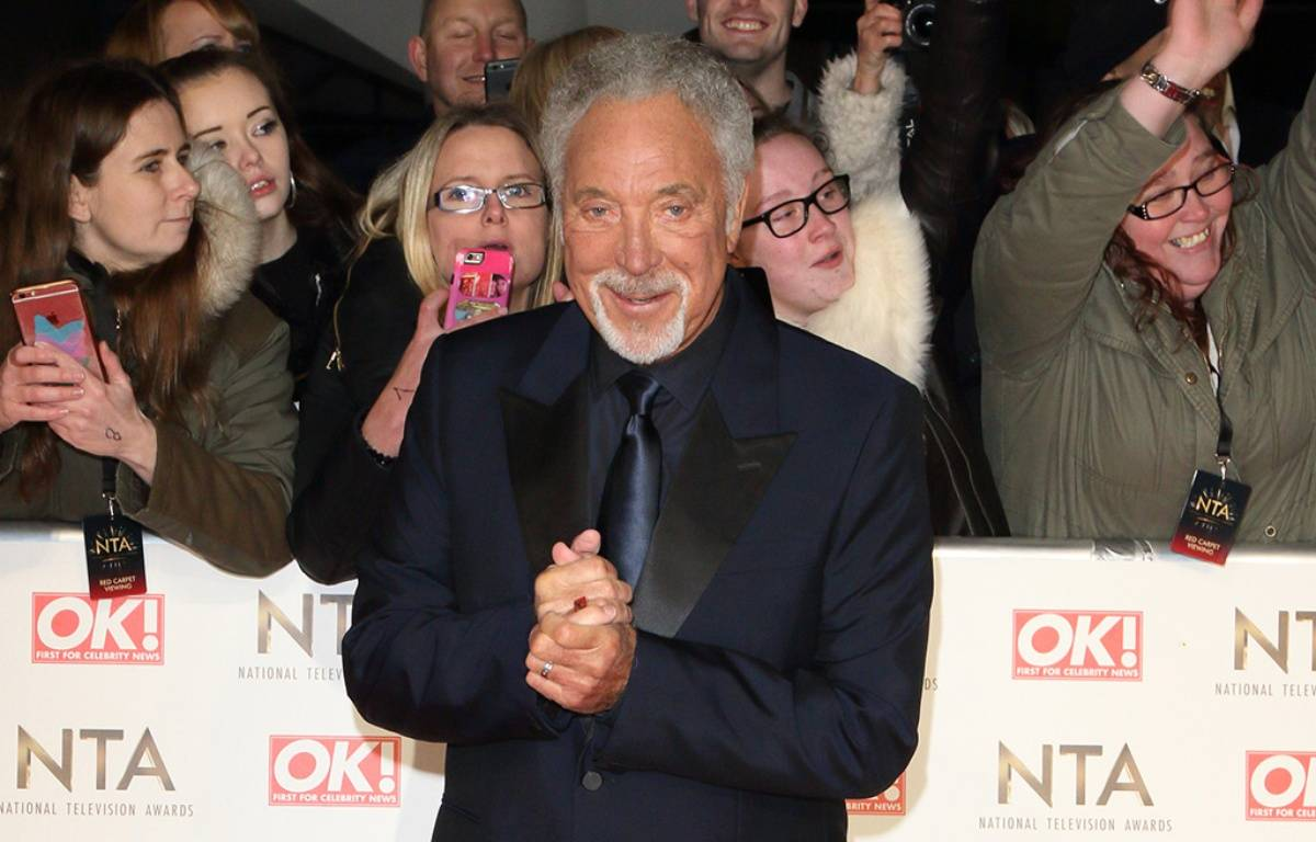 Le chanteur Tom Jones à Londres – WENN