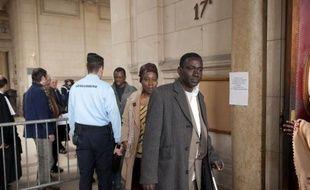 Le tribunal correctionnel de Paris rend jeudi son jugement dans le procès de l'incendie en 2005 d'un immeuble vétuste du XIIIe arrondissement où résidaient des familles d'origine africaine, qui avait fait 17 morts, dont 14 enfants brûlés dans leur sommeil.