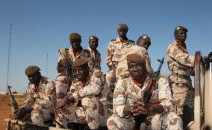 Des militaires maliens à Gao, au Mali, le 31 décembre 2013.