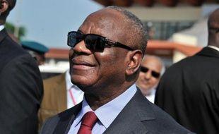 Le président malien Ibrahim Boubacar Keïta a entamé dimanche une visite officielle en France, qui sera marquée notamment par des entretiens avec son homologue François Hollande et des parlementaires français, selon des sources maliennes et françaises.