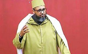L'imam de Montpellier, Mohamed Khattabi, dans une vidéo sur YouTube.