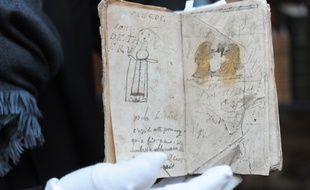 Les croquis mis en vente dimanche ont vraisemblablement été réalisés par Rimbaud quand il était âgé d'une quinzaine d'années.