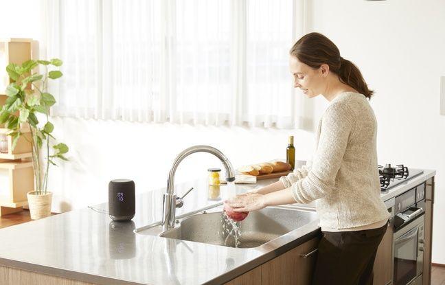 L'enceinte intelligente Sony LF-S50 est adaptée à un usage dans une cuisine.