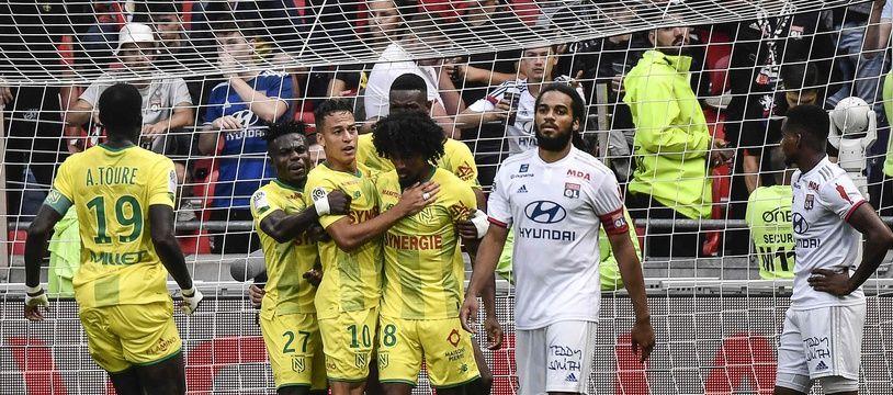 L'OL de Jason Denayer et Marcelo a encore déçu ce samedi en s'inclinant face au FC Nantes. JEFF PACHOUD