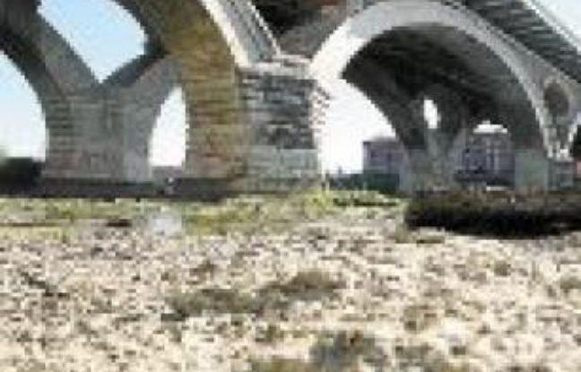 Le débit de la Garonne devrait encore baisser d'ici à 40 ans.
