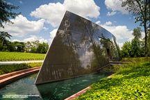 Philippe Starck a réalisé le cuvier des Carmes Haut-Brion