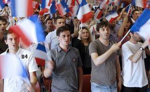 Des jeunes  lors de l'université du FNJ à Fréjus, le 7 septembre 2014.