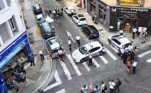 """Le présumé complice du braqueur tué le 11 septembre par un bijoutier niçois a été mis en examen vendredi soir pour """"vol avec arme"""", a indiqué son avocat."""