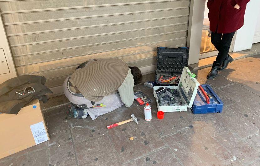 Strasbourg : Des commerces « attaqués » à la colle en ce premier jour de Black Friday