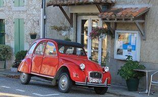Illustration d'une voiture en Europe.