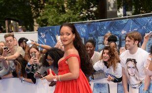 Rihanna à la première de Valérian et la cité des mille planètes, à Londres.
