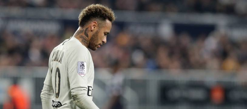 Neymar est sorti tête basse de la pelouse du Matmut Atlantique.