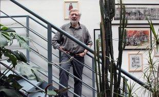 """Le célèbre auteur de bandes dessinées Jacques Tardi """"refuse avec la plus grande fermeté"""" la Légion d'honneur qui lui a été attribuée le 1er janvier, voulant """"rester un homme libre et ne pas être pris en otage par quelque pouvoir que ce soit"""", a-t-il déclaré mercredi à l'AFP."""