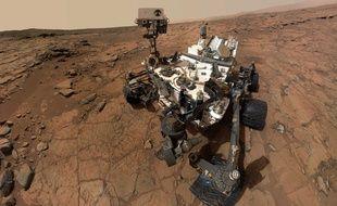 Illustration du robot Curiosity lors de son passage sur mars en février 2013.