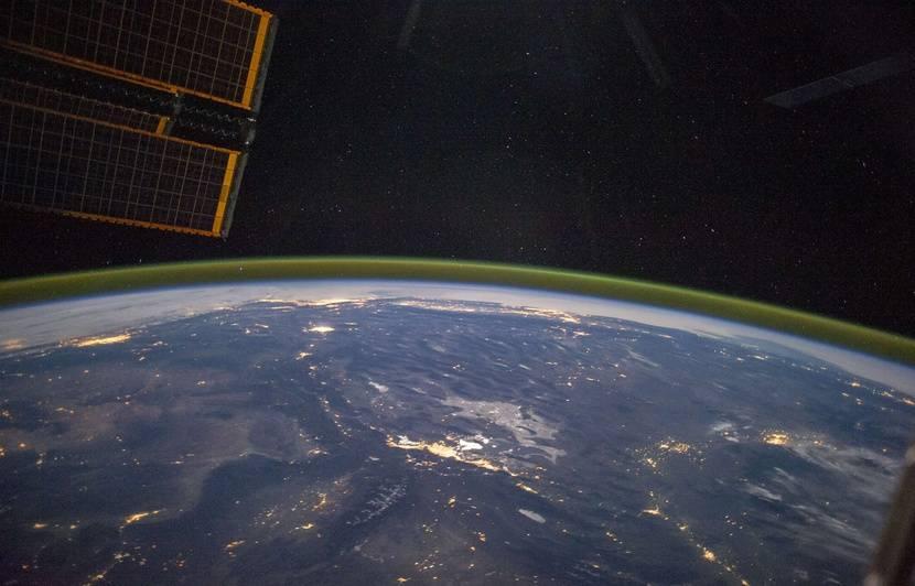 SpaceX va envoyer du cannabis sur la Station spatiale internationale en 2020