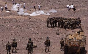 Commandos francais de la 13eme DBLE ( Demi-Brigade de Legion Etrangere appartenant a la 1ere compagnie de combat du 5eme Regiment Interarmes d'Outremer ) stationnes a Arta, a 45 km de Djibouti, photographies lors d'un exercice d'evacuation de ressortissants francais.