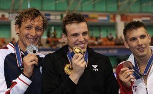 Amaury Leveaux est allé au bout de lui-même pour décrocher la médaille d'argent sur 200 m nage libre, derrière l'Allemand Paul Biedermann, lors de l'Euro-2012, mercredi à Debrecen (Hongrie).