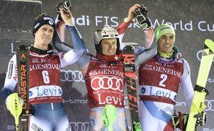 Clément Noël (à g.) a terminé 2e du premier slalom de la saison à Levi (Finlande).