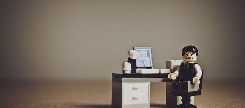 Illustration de la dépression au travail. Une étude de Santé Publique France dévoile que 8,2% des actifs en poste ont traversé un épisode dépressif en 2017.