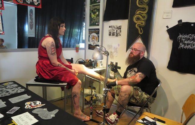 nantes le tatouage a jet l 39 ancre au parc des expos. Black Bedroom Furniture Sets. Home Design Ideas