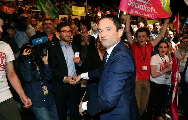 Le candidat PS Hamon en meeting au Zénith de Toulouse le 18 avril 2017.