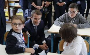Emmanuel Macron en visite dans une école de Forbach, le lundi 4 septembre, jour de la rentrée scolaire.
