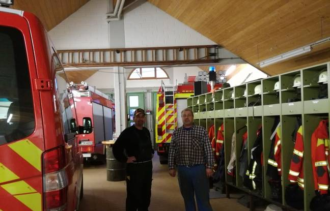 Ici dans la caserne de Bremgarten, Tobias et Volkeu sont pompiers dans la commune la plus proche de Fessenheim.