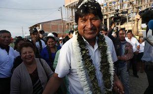 Evo Morales se rend au bureau de vote, dans la province de Chapare, en Bolivie, le 20 octobre 2019.