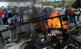 Le site de la société Gad SAS bloqué le 10 octobre 2013 par des salariés à Lampaul-Guimilliau
